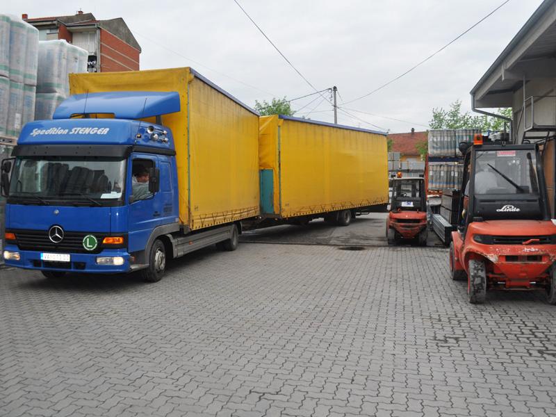 Transport građevinskog materijala preduzeća Joter u Kruševcu